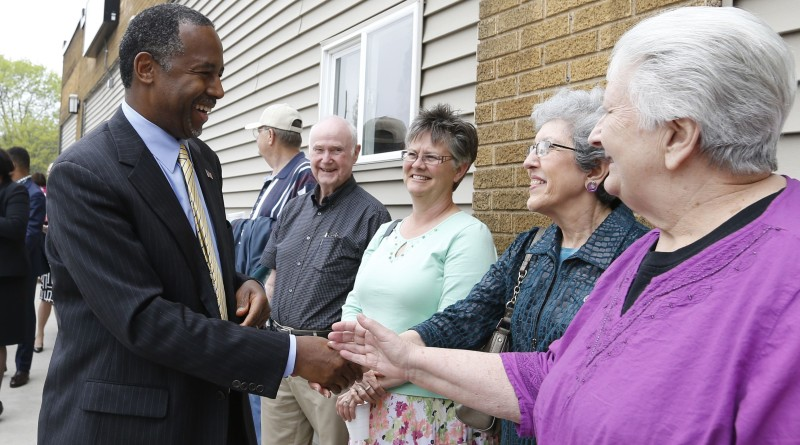 Ben Carson Edging Close to Front-Runner Trump in Latest Iowa Poll