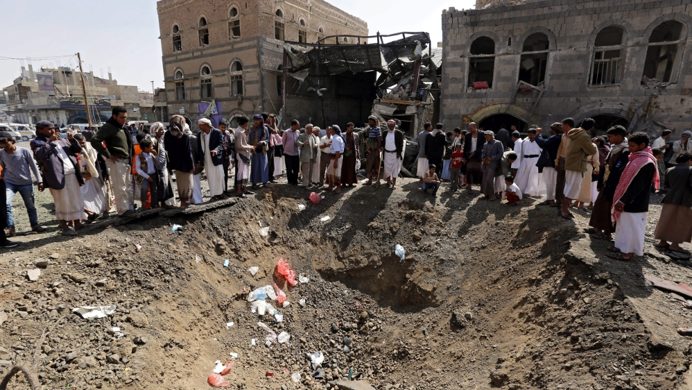 The air campaign has intensified as the Arab coalition and its Yemeni allies prepare to retake Sanaa from the Houthis [EPA]