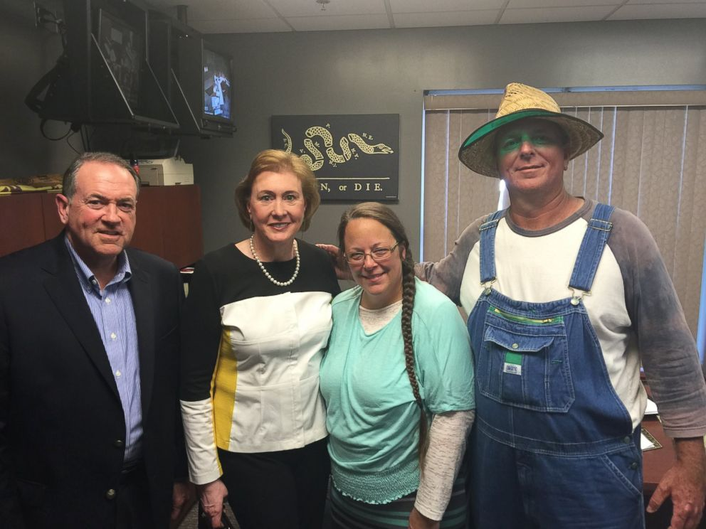 "PHOTO: This photo was uploaded to Mike Huckabee's Facebook on Sept. 8, 2015 with the caption, ""I was honored to meet with Kim Davis. A woman of such strong faith and conviction. #ImWithKim."""