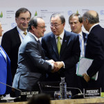 Global leaders approve landmark climate change deal