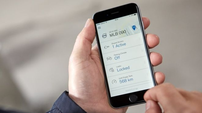 Volvo tries out 'keyless car' app in Sweden