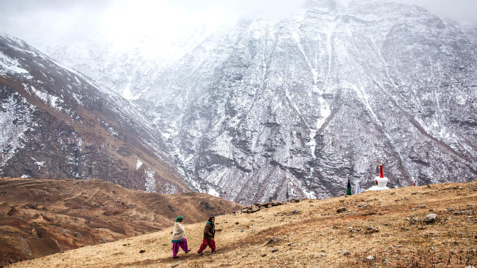 A Perilous Ride to a Remote Valley