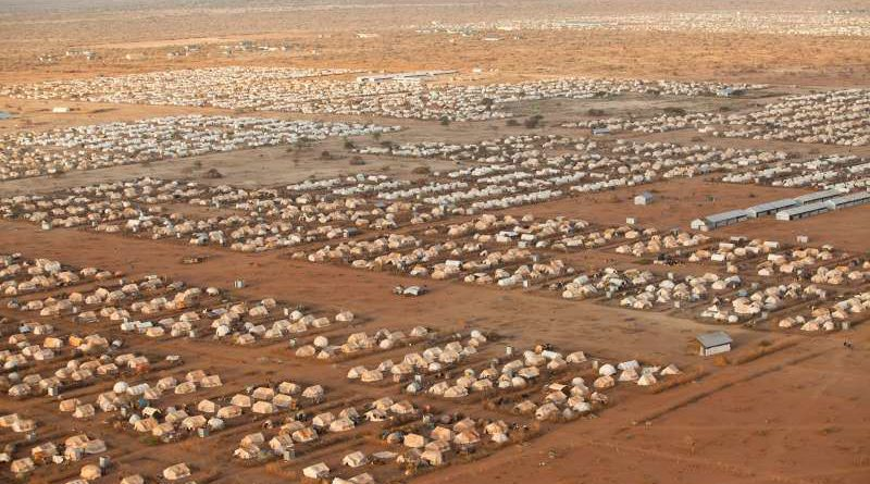 Somali president visits world's largest refugee camp