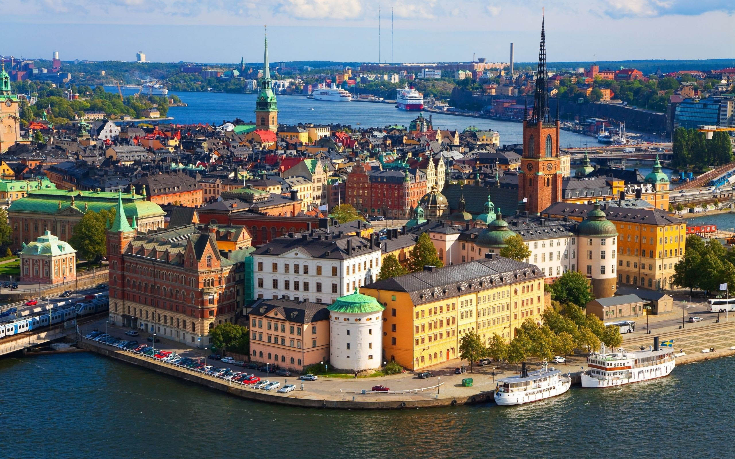 Living in the world's most reputable countries Stockholm-Sweden (photo thecarefreetraveler.com)