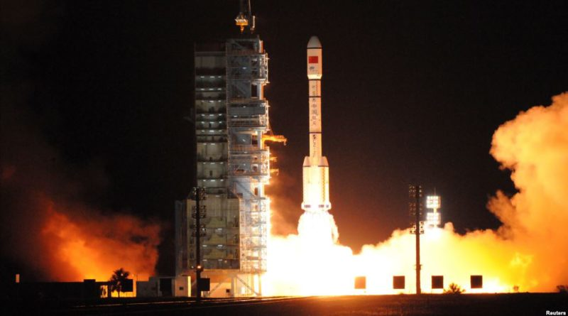 China to blast 2 astronauts on Monday