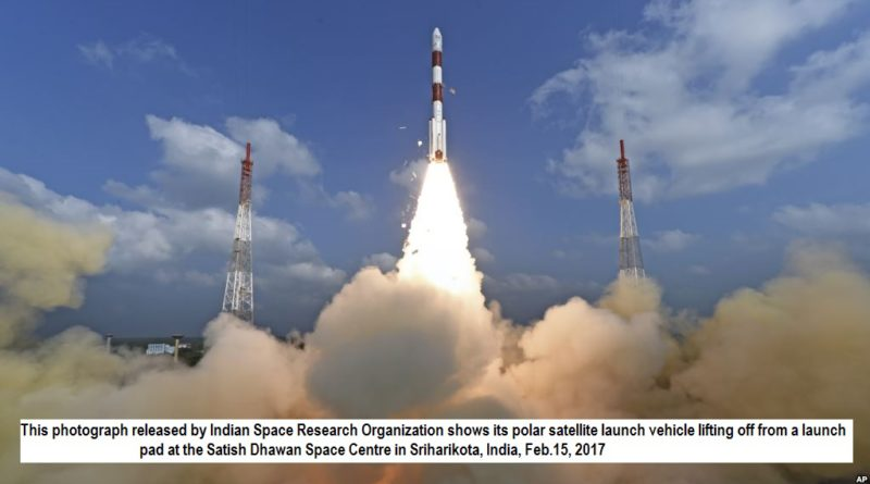 This photograph released by Indian Space Research Organization shows its polar satellite launch vehicle lifting off from a launch pad at the Satish Dhawan Space Centre in Sriharikota, India, Feb.15, 2017
