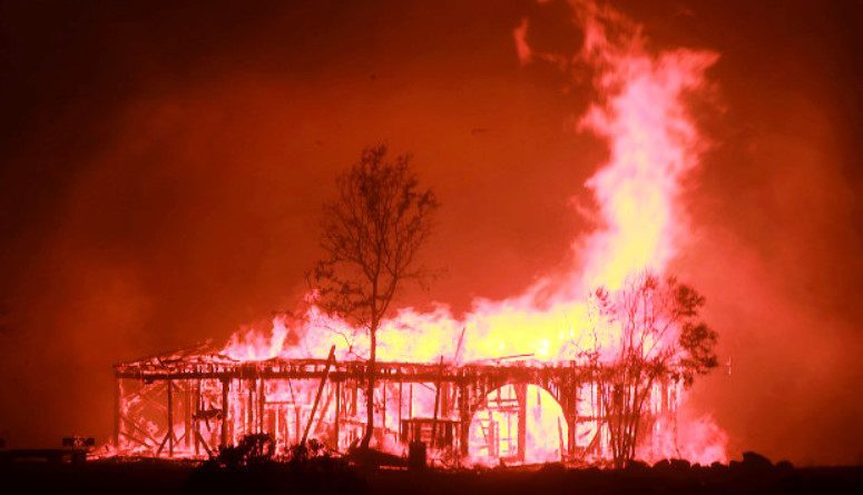 10 dead in California fire