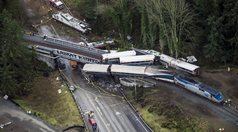 At least 3 killed in Seattle train crash